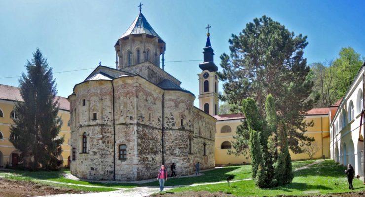Монастырь3